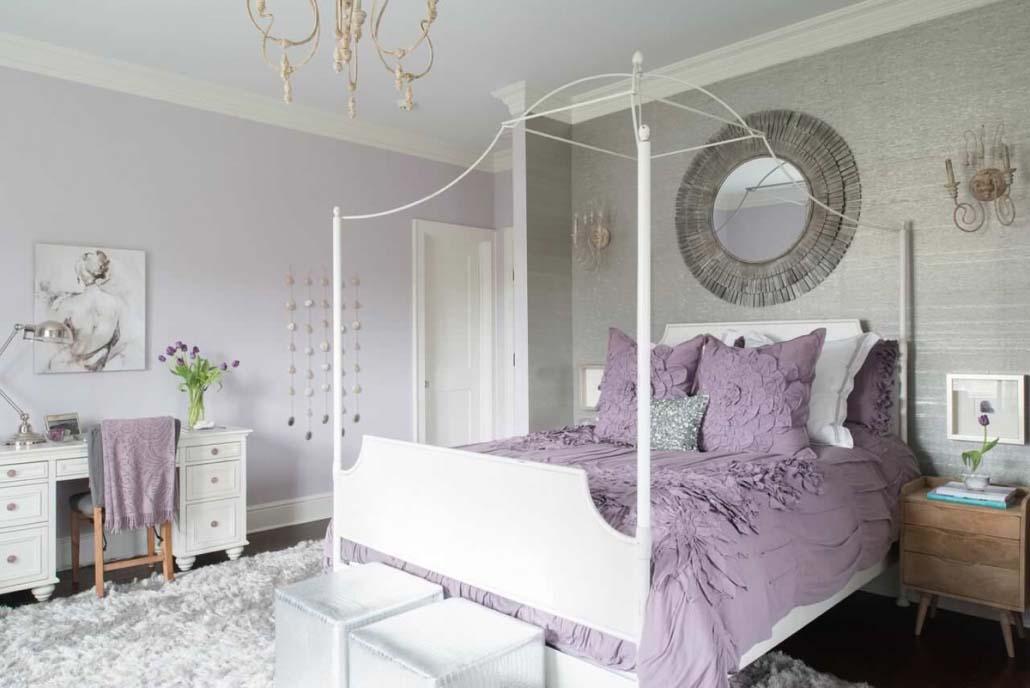 Tránh đặt gương đối diện với cửa phòng ngủ