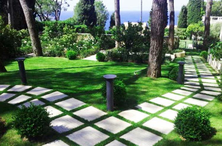 Chọn tiểu cảnh sân vườn